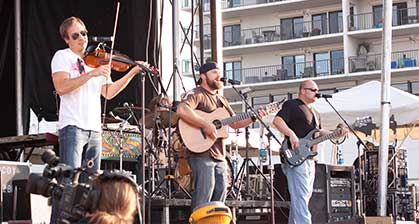 05-zac-brown-band-02